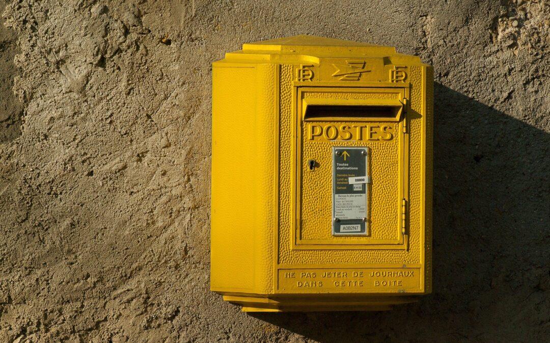 Sending a Letter in France